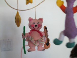 cat with fiddle from mobile