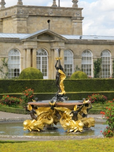 fountain at Blenheim