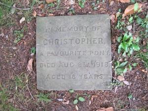horse grave marker