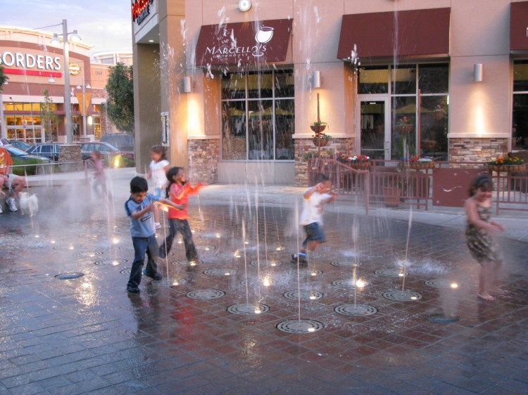 more kids in the fountain