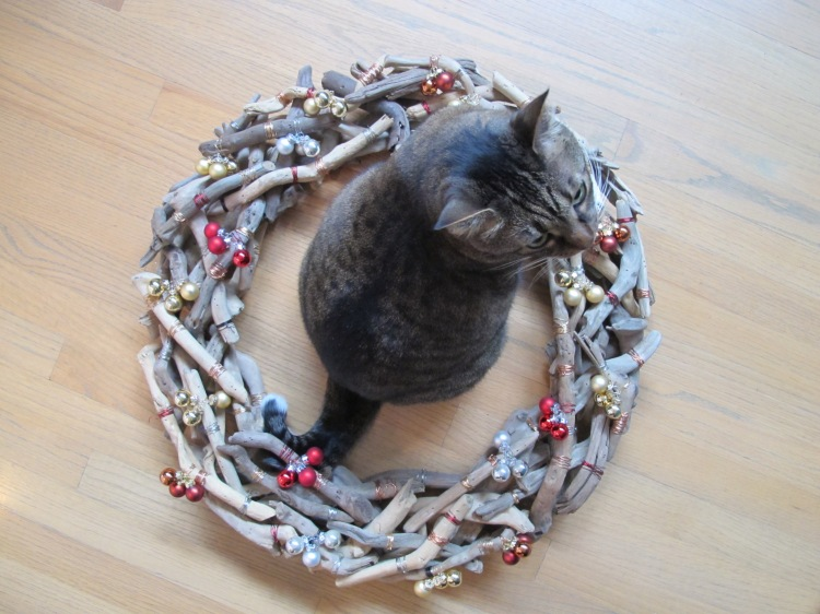 Kush sitting in wreath