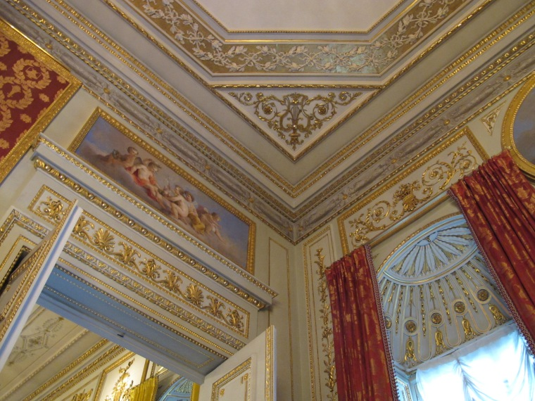 palace room detail
