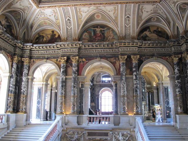 central space, Kunsthistorisches Museum Vienna, Austria