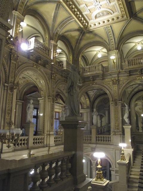 central area, Vienna Opera House