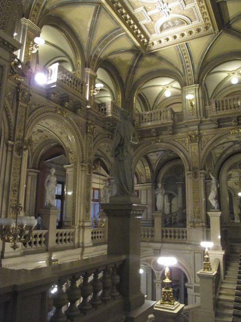 central area, Vienna Opera House