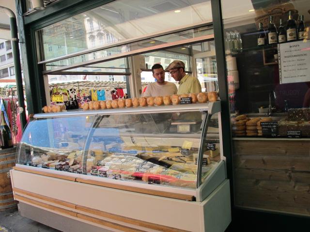 corner stall - Naschmarkt, Vienna