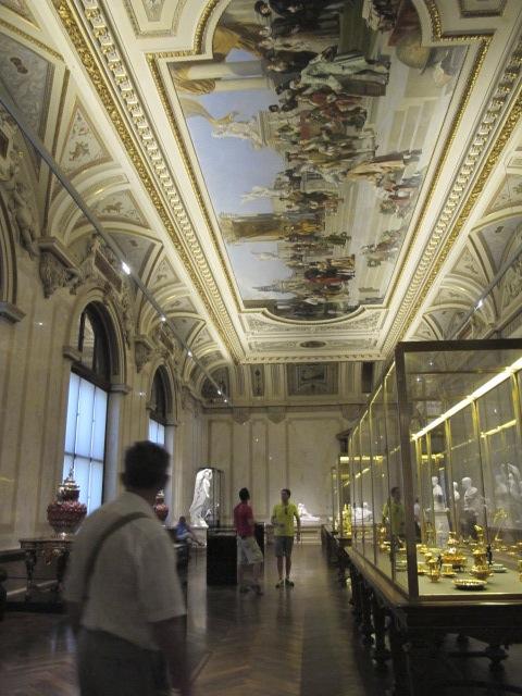 exhibit space, Kunsthistorisches Museum Vienna, Austria