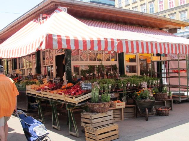 produce stand, Naschmarkt, Vienna