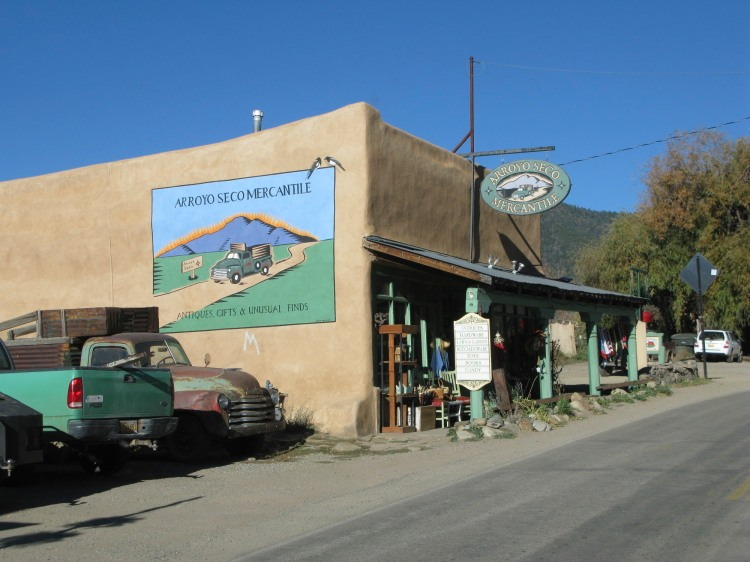 Arroyo Seco shop
